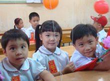 Bài luận tiếng Anh ngắn về ngày đầu tiên đi học